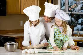 Mothers & daughters cooking
